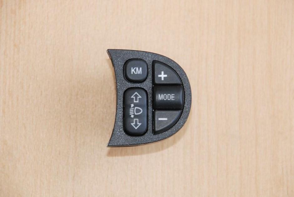 schalter leuchtweitenregulierung alfa romeo 147 trw 735262023. Black Bedroom Furniture Sets. Home Design Ideas